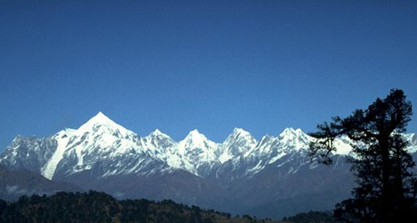 Photo of the Panchachuli mountain peaks