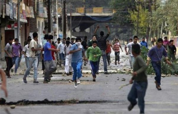 Photo of stone pelters, Srinagar, Kashmir