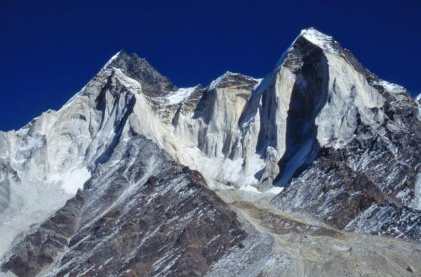 Photo of the Bhagirathi renge, seen from the Gangotri Glacier