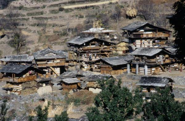 Photo of houses in the upper Yamuna Valley
