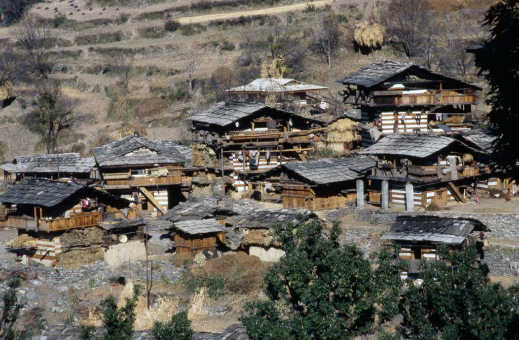 Houses By The Yamuna Himalayan Images