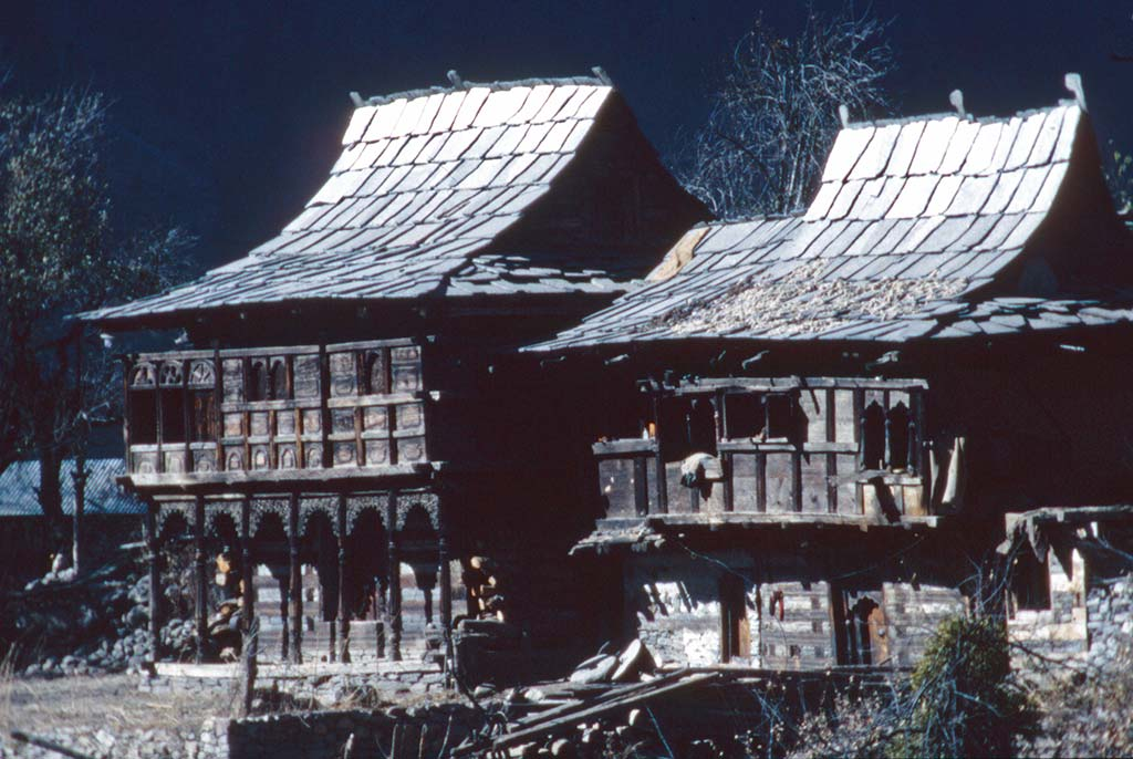 Houses In Sangla Himalayan Images
